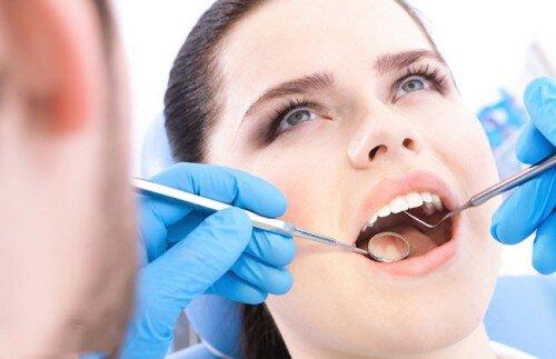Khi nào không nên niềng răng mọc ngầm ?