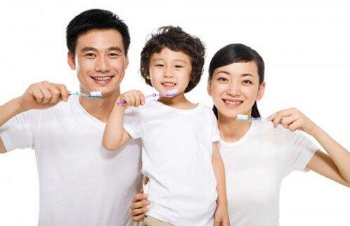 Làm gì khi trẻ chậm mọc răng ?