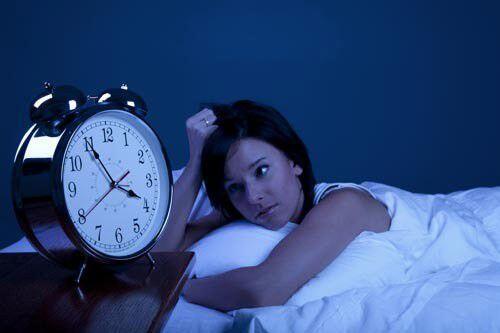 Nguy hiểm khôn lường từ tật nghiến răng khi ngủ