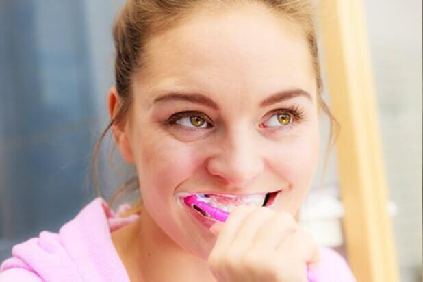 chăm sóc răng miệng sai cách