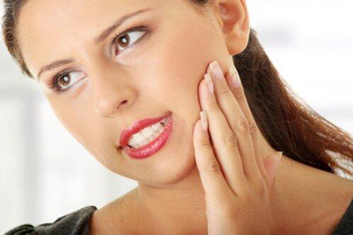 Có nên bọc răng sứ cho răng sâu không ?