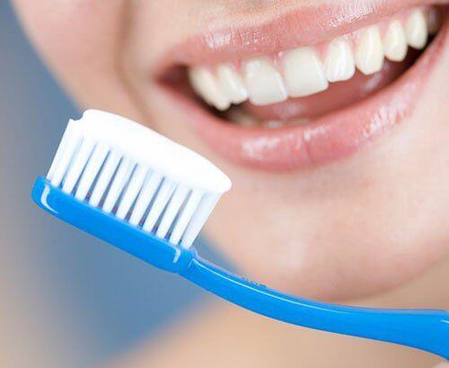 Làm gì khi răng bị mòn mặt nhai ?