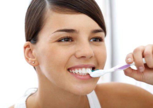 Bí quyết chăm sóc răng ê buốt